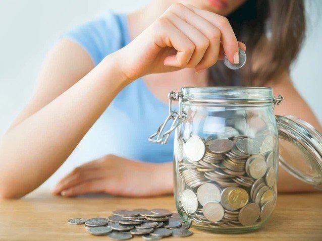 Nữ giám đốc lương tháng 7.000 USD: Xấu hổ vì 38 tuổi không có tiền tiết kiệm, nợ 10.000 USD dù lương cao - Ảnh 3.