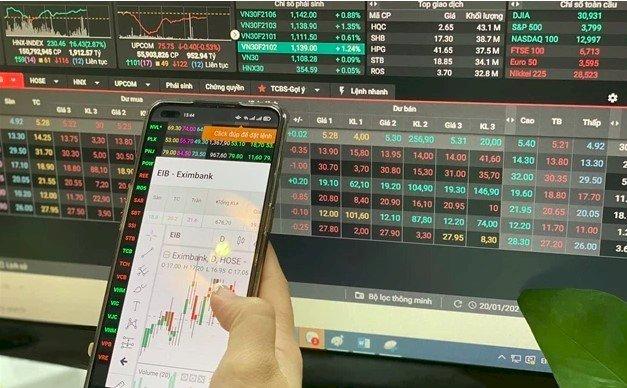 Nhà đầu tư nội mở kỷ lục hơn 620 nghìn tài khoản chứng khoán sau 6 tháng đầu năm, lớn hơn tổng lượng tài khoản năm 2020 và 2019 cộng lại